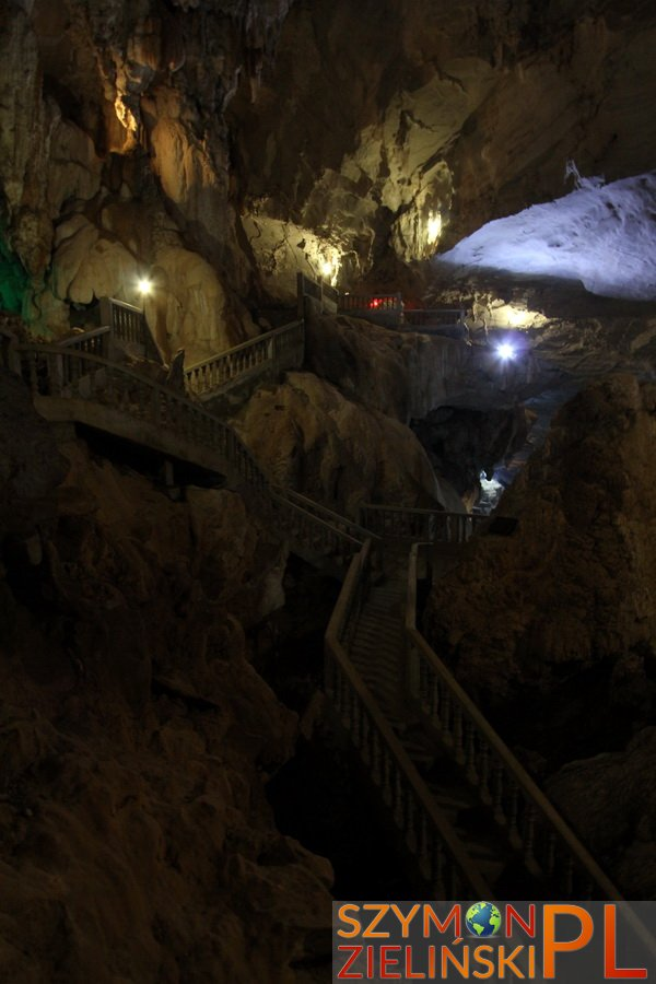 Tha Khaek Loop, Laos - Day 1 - Caves around Tha Khaek