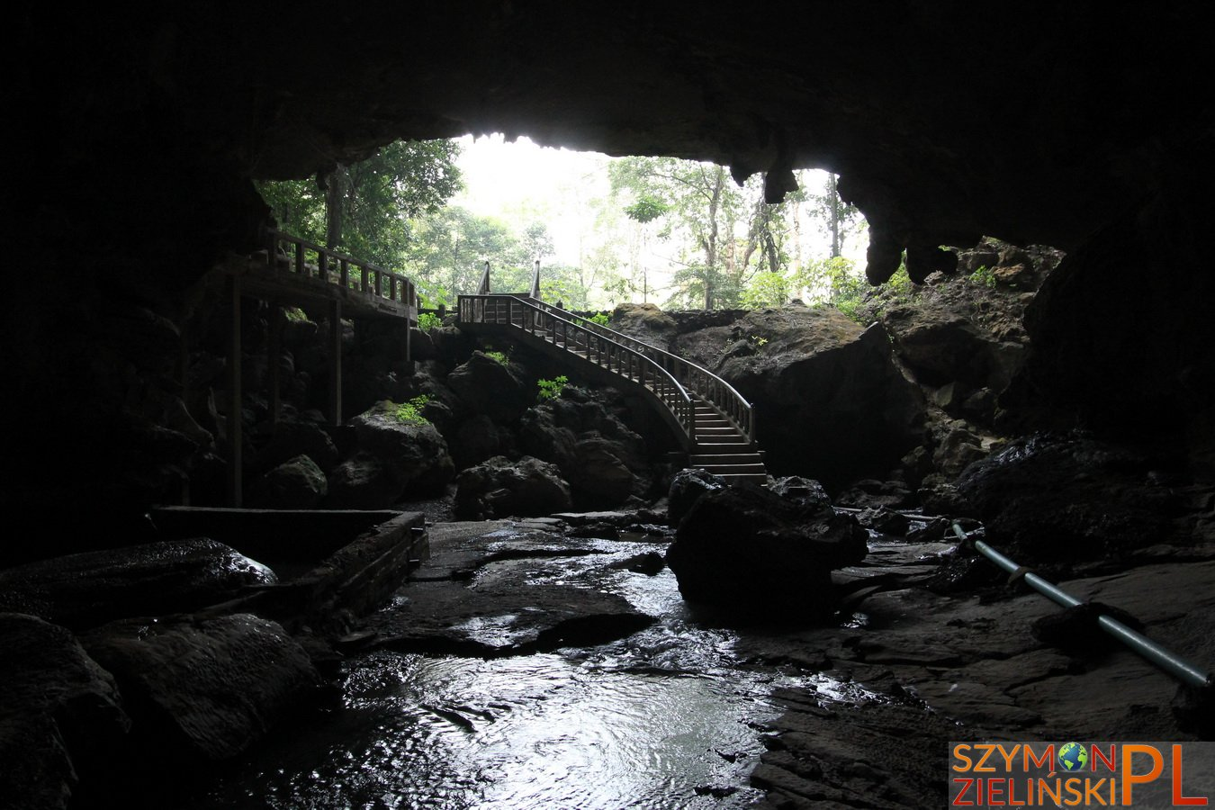 Tha Khaek Loop, Laos - Day 1 - Caves around Tha Khaek