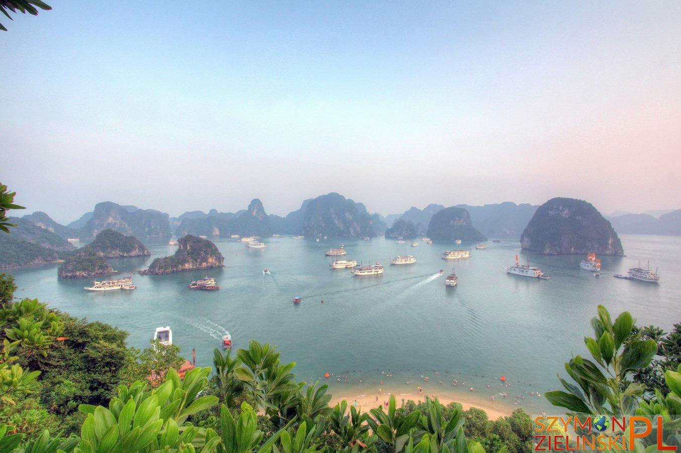 Ha Long Bay, Vietnam - photos and review - Zatoka Ha Long, Wietnam - zdjęcia i opis